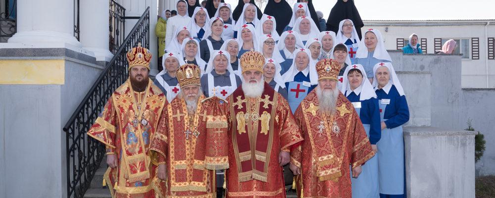 Архиерейская литургия и семинар по социальному служению в Сарапуле
